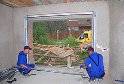 Trust Garage Door Milwaukee, WI 262-546-8443